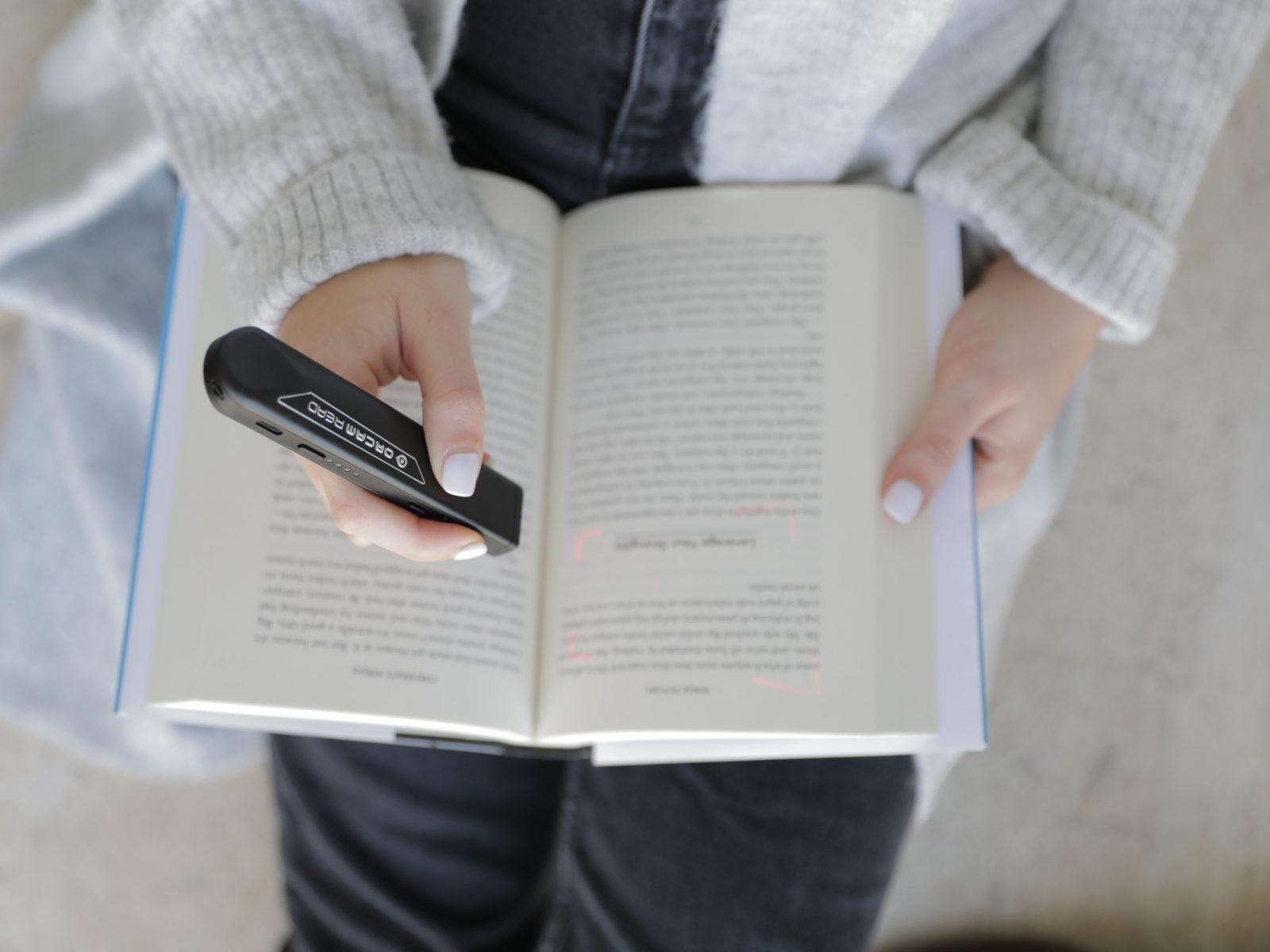 Biblioteca Nacional de Portugal tem aparelho para leitores disléxicos